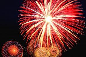 05153_fogos-de-artificio-feliz-ano-novo