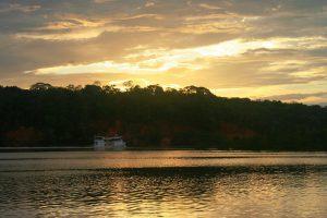 MAO – Barco rio sunset